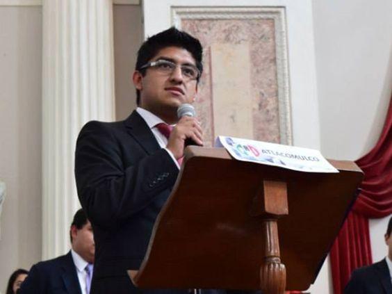 """Luis Ramírez Ortiz, calificó como """"hijos de su reputa madre"""" y """"bestias"""" a quienes se manifiestan pidiendo la renuncia de Peña Nieto, """"no merecen vivir"""", sentenció"""