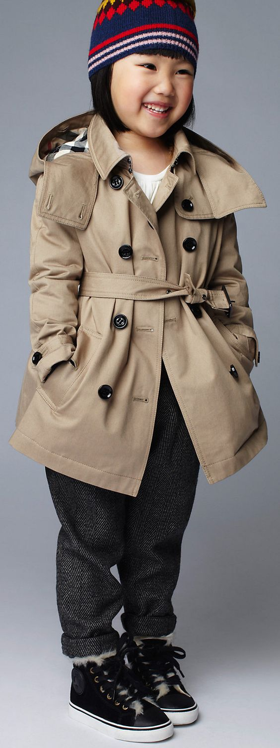 CHILDREN'S TRENCH COATS her cuteness just killed me