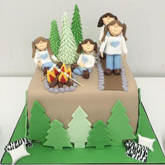 Adorei esse bolo para festa infantil com tema Camping, muito lindo e original! Por @bakethecakedoces #kikidsparty