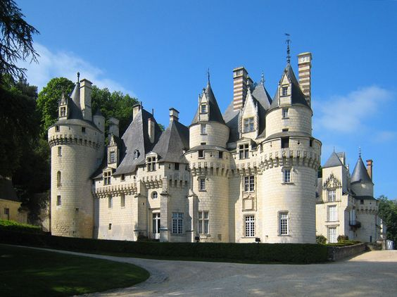 "This is the chateau in France where the writer of ""The Sleeping Beauty"" was inspire dto write the story."