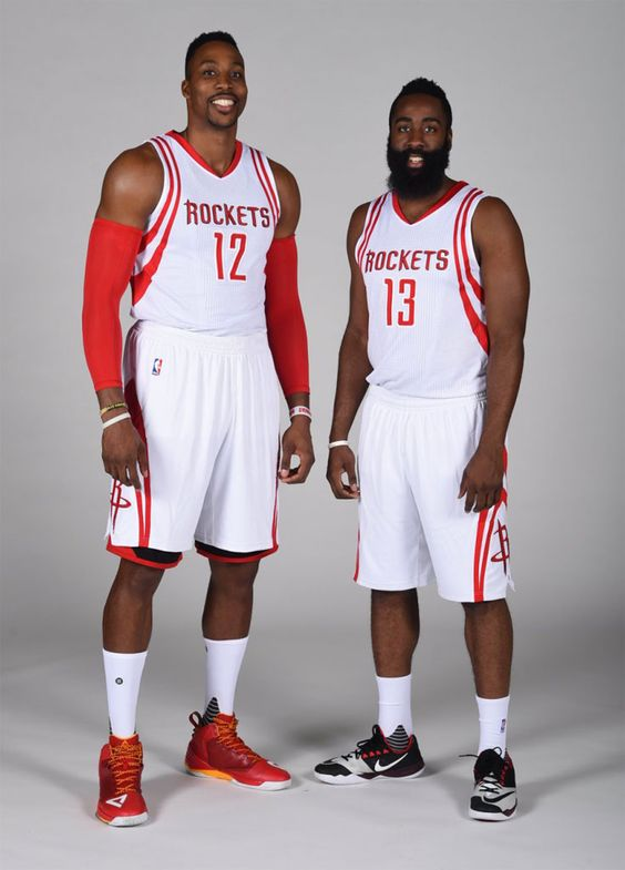 Dwight Howard wearing the PEAK DH1; James Harden wearing the Nike Zoom Run the One
