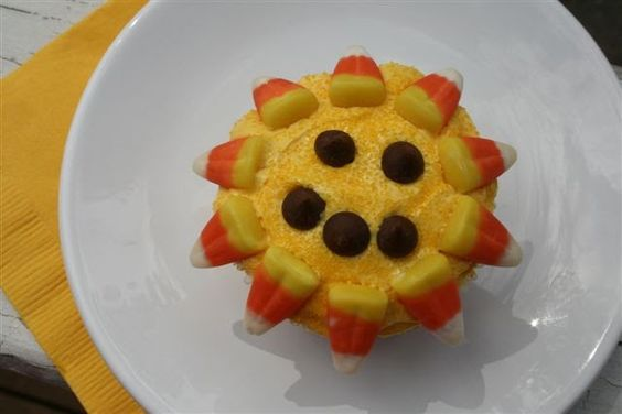 Dancing Sun Cupcakes to celebrate the Miracle of the Sun for Our Lady of Fatima