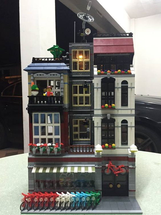 "Love the new LEGO Modular ""Detective Office. Then you will like this. A MOC done by Shen Maosheng. This picture was posted on FB Group ""Modular LEGO Buildings:"