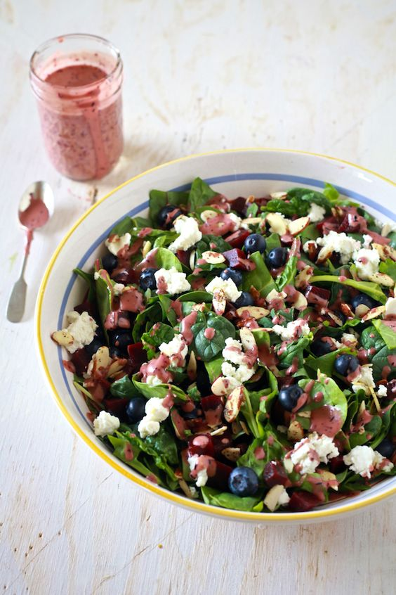 The Noshery | Super Salad with Aged Balsamic and Blueberry Vinaigrette | http://thenoshery.com