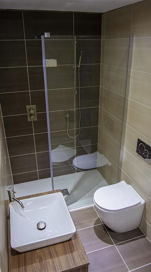 With Carefully Chosen Bathroom Products And Tiles Even The Smallest Spaces Can Be Turned Into Luxury Bathrooms Small Bathroom Small Shower Room Simple Bathroom