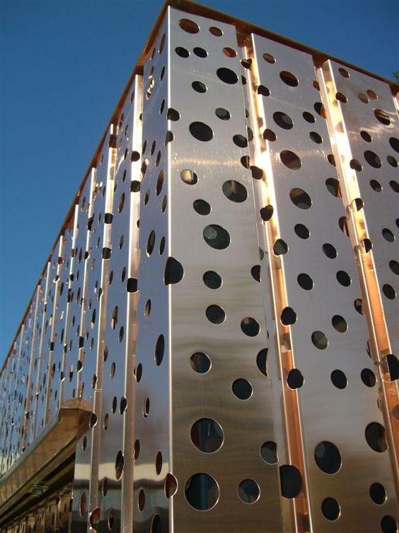 Resultado de imagen para chapa perforada fachada fachada - Chapa metalica perforada ...