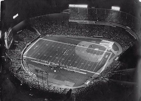 Monday Night Football.. Packers/Jets at County Stadium, Sep 1973. via Journal Sentinel.