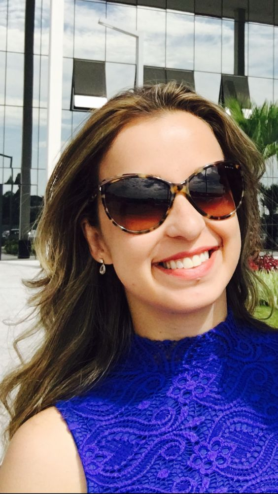 Ana Maria Rocha Macedo. Sou da turma que formou em 2009. Moro em Contagem e sou Engenheira Civil.