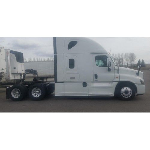 For Sale 2015 Freightliner Cascadia 125 For Sale In Idaho Falls Idaho 83401 Webstore Freightliner Cascadia Freightliner Hot Rods Cars Muscle