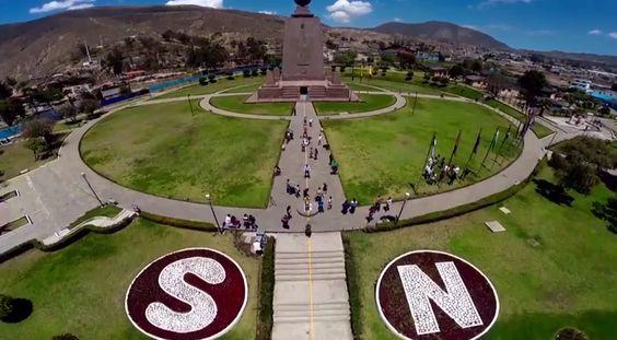 """A maior diversidade do planeta tem seu lar no Equador, o centro do Mundo. Com um clima privilegiado e as mais impressionantes paisagens, a essência da América Latina se mistura para criar um destino inesquecível e único. São ilhas, selvas, andes e mares. Quito está """"no meio"""" do mundo A capital do Equador, a 2.850...<br /><a class=""""more-link"""" href=""""https://viagem.catracalivre.com.br/brasil/mundo-viagem/indicacao/sete-razoes-para-conhecer-quito/"""">Continue lendo »</a>"""