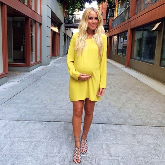 cute baby shower dress simple yet shows your bump