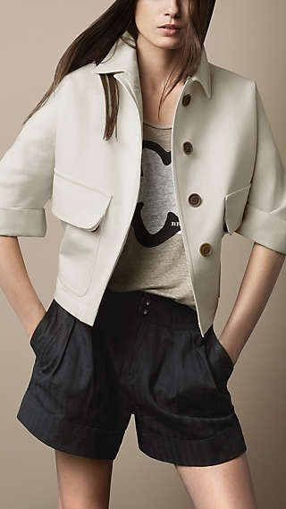 Concise and easy short coat