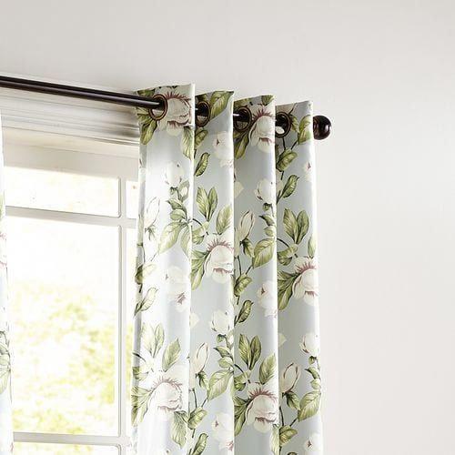 Pin By Raisa Bonnet On Mano Santa Floral Curtains Living Room Decor Curtains Curtains