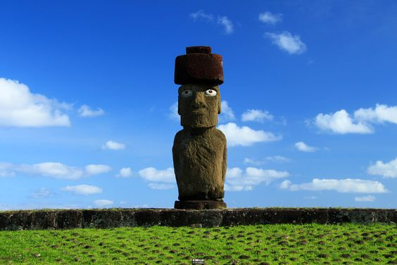 Eastern Island Moai (Isla de Pascua, Chile)