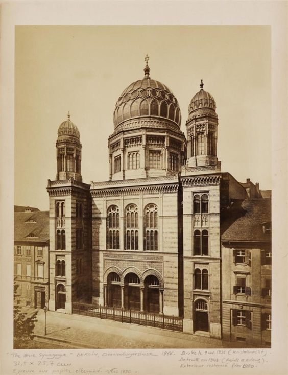 Anonym, SYNAGOGE, BERLIN, Um 1870, Auktion 925 Photographie, Lot 1
