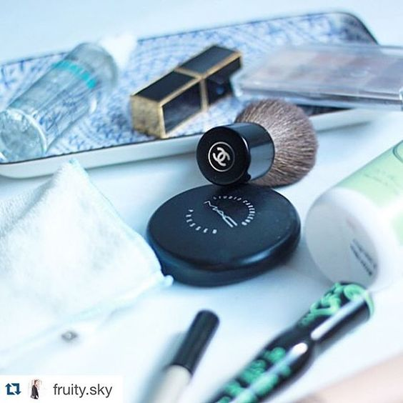 #repost @fruity.sky  thank you for the wonderful review  #dermaid #naturkosmetik #naturalcosmetics #ecoluxurybeauty #fruitysky #blogger #igers