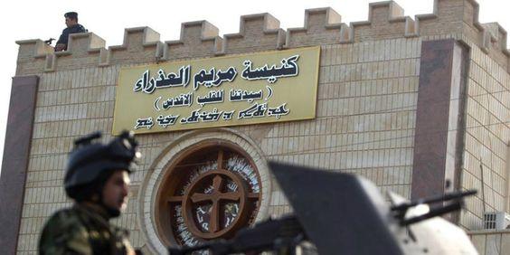 Irak: des affiches sur des maisons appellent les femmes à porter le voile