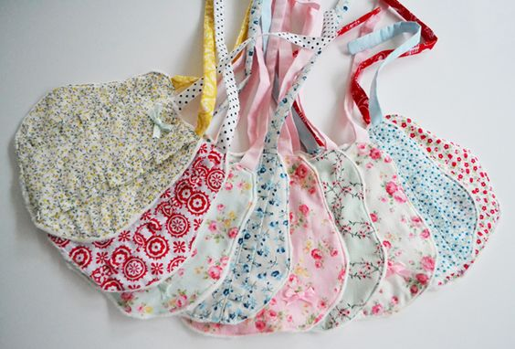 Down Grapevine Lane: A fabric haul & my first bib collection