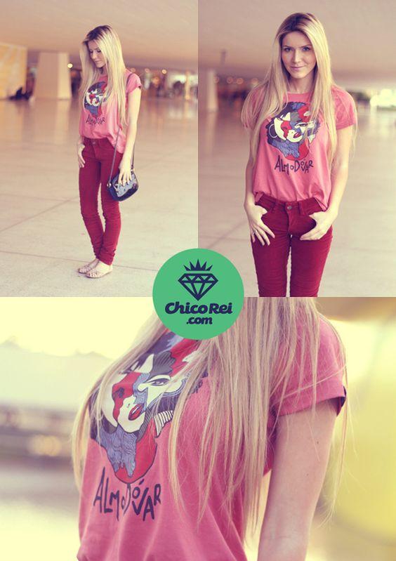Muito bacana o look com nossa camiseta Almodóvar, né? =)  http://chicorei.com/camisetas/414-almodovar.html