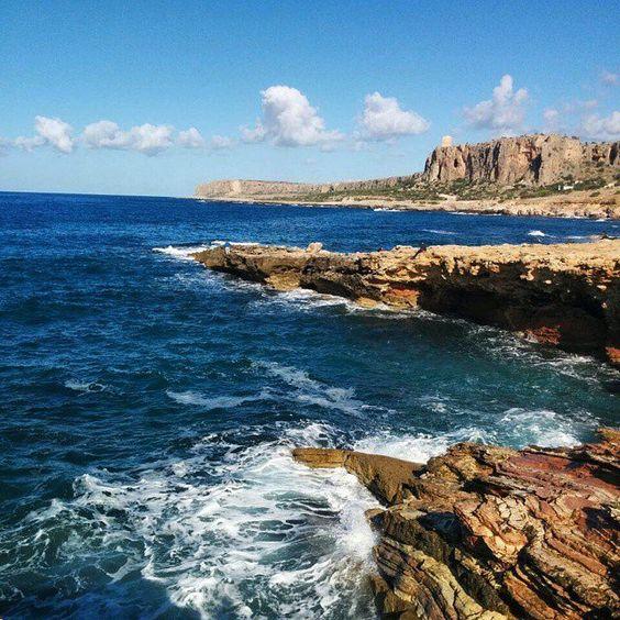 Pin for Later: 49 Îles Paradisiaques à Visiter Avant de Mourir Sicile, Italie