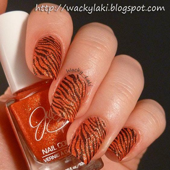 Tiger striped texture!