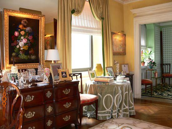 Chattafabulous: Old School - Betty Sherrill's New York Apartment