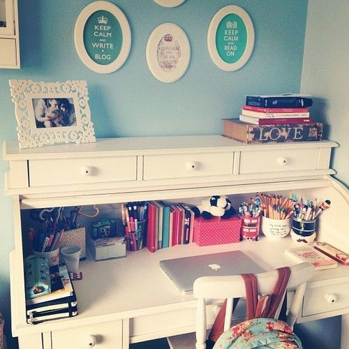 Tumblr desk room space for the home pinterest cute for Tumblr desk ideas