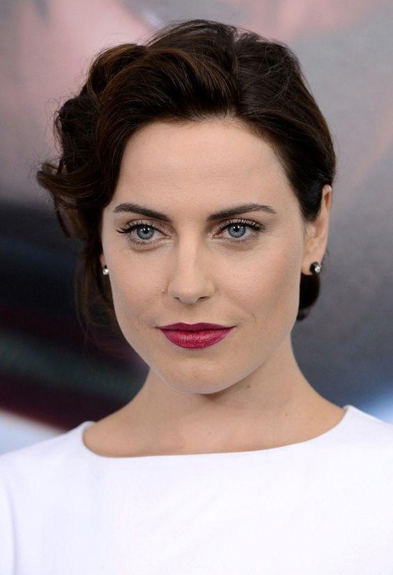Antje Traue actress