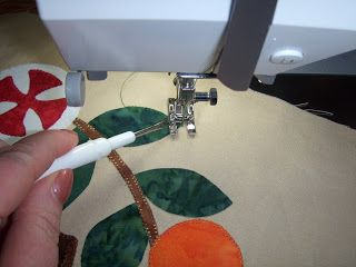 Under Quilted Covers: Pitfalls and Pearls of Blanket Stitch Applique