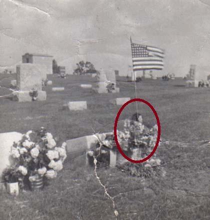 Призрачна снимка на деня: Гробище на призрачно момиче