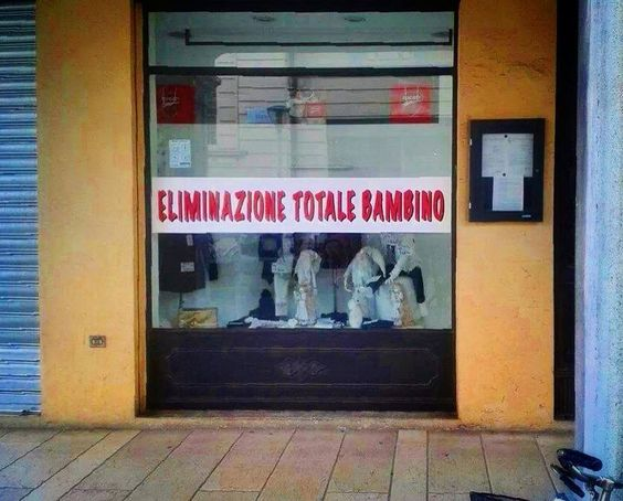 saldi in Italia: eliminazione totale bambino (italian sales: total child annihilation)
