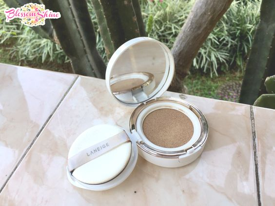 Isi Beauty Pouch Mertua - Makeup - Laneige BB Cushion SPF 50+ PA+++