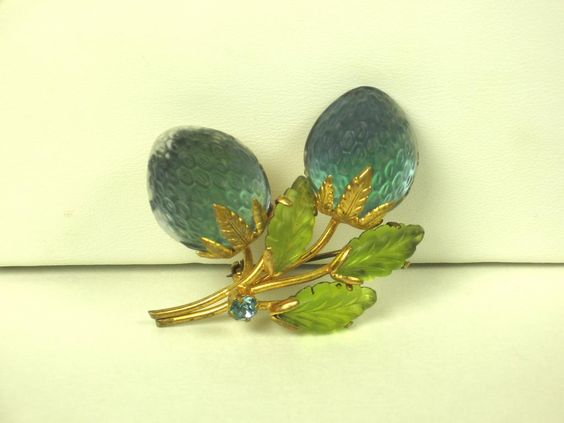 Austria Fruit Glass Pin with Gold Plated Gilt Metal