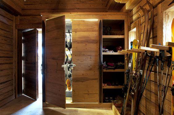shl lodge meribel ski room