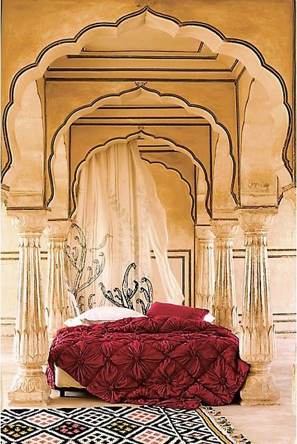 Love The Detail Outline On Venetian Plaster And The Rosette Quilt Anthropologie Bedding India