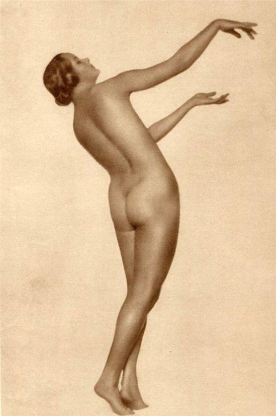 Trude Fleischmann - Danish nude woman, Vienna, 1926