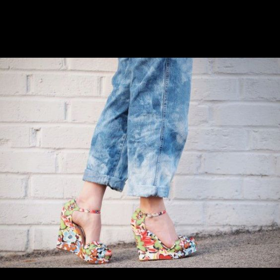 "Love these ""nine west"" wedges."