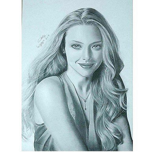 Repost From Cindy Wijaya99 Fiuuhh Finally Finish Draw Drawing Amandaseyfried Blackwhite Portrait Pencil Sketch Hair Blonde Blondehair Mingey Art Portrait Drawings Blonde Hair