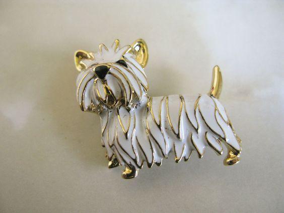Vintage Gold Tone Enamel Scottie Dog Pin Brooch
