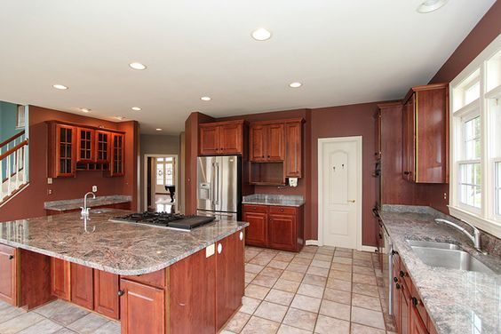 Beautiful home with #marble #countertop #kitchen!!  15102 Rollinmead  Darnestown, MD 20878 listed by #DartHomes