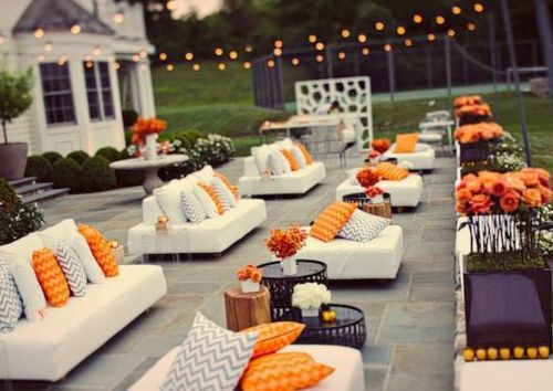 How to Set Up a Lounge Space at Your Reception | Outdoor cocktail party, Cocktail  party decor and Lounge areas