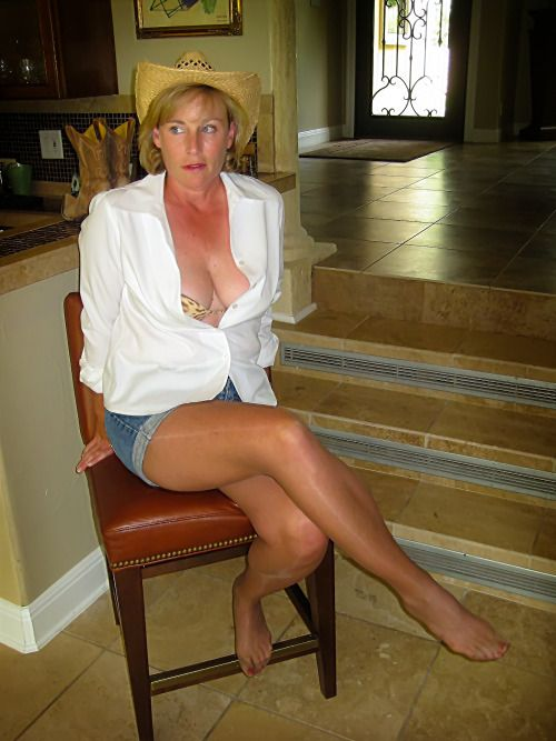 Sexual Pantyhose On Gallery 85