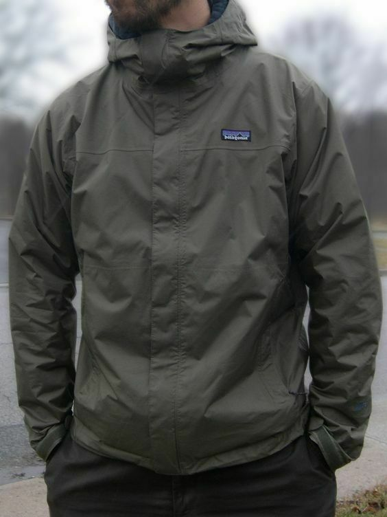Patagonia Torrentshell Men/'s Jacket Raincoat Waterproof New with Tags
