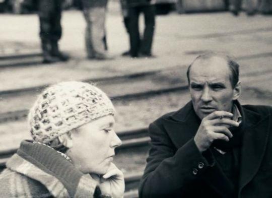 Larissa Tarkovskaya and Anatoly Solonitsyn on the set ofStalker(1979)