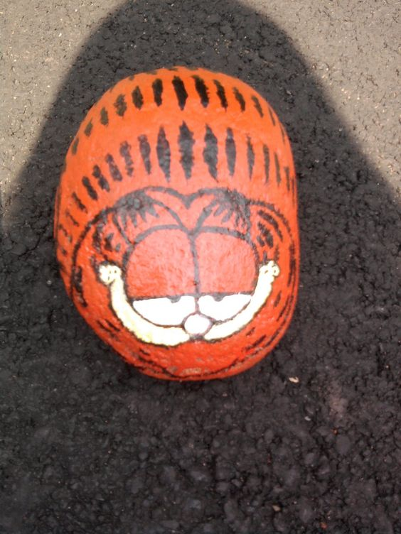 Garfield - painted rock