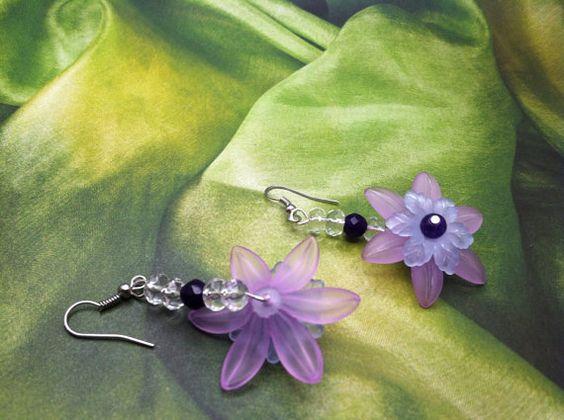 Light purple lucite flower earrings acrylic by SugarHillGems
