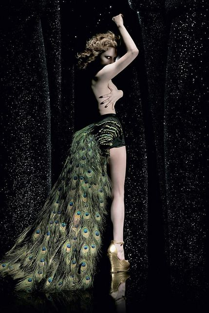 I just found out the amazing Alison Goldfrapp is 47!?!? WTF, so when this picture was taken she was nearly 40!