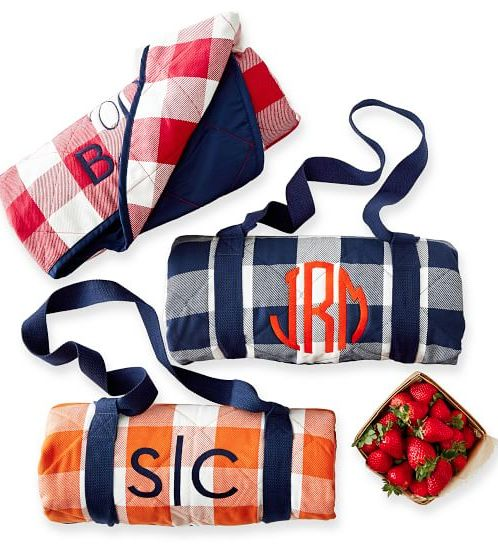 gingham picnic blankets