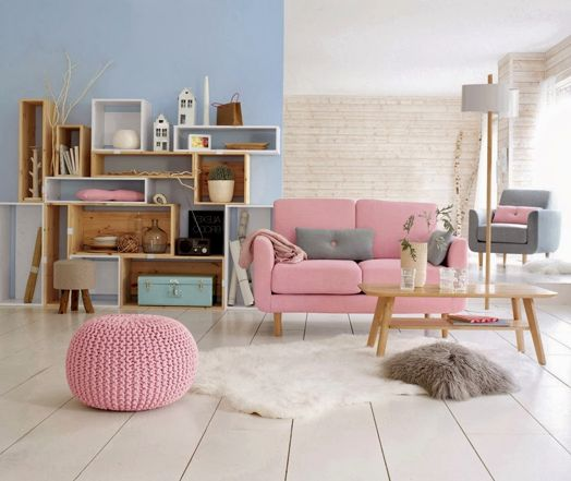 Pastels | Rockin' a Pink Sofa