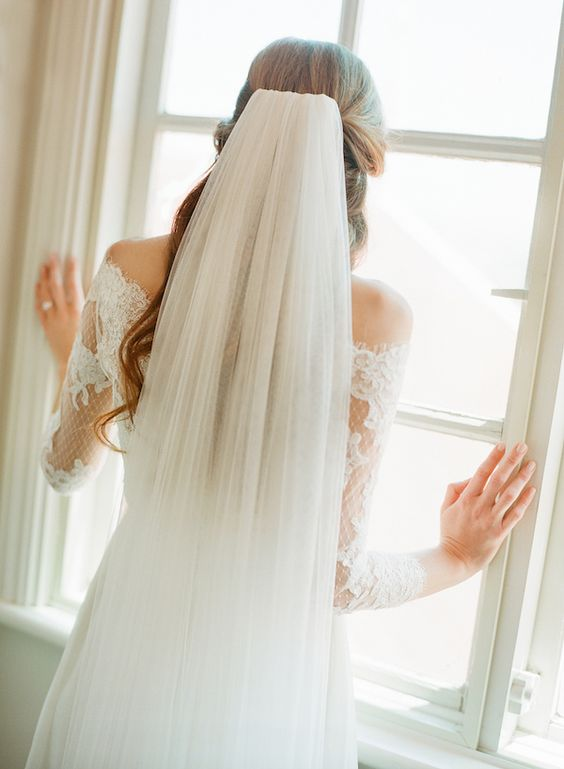 DELPHINE | Ultra soft chapel length veil: